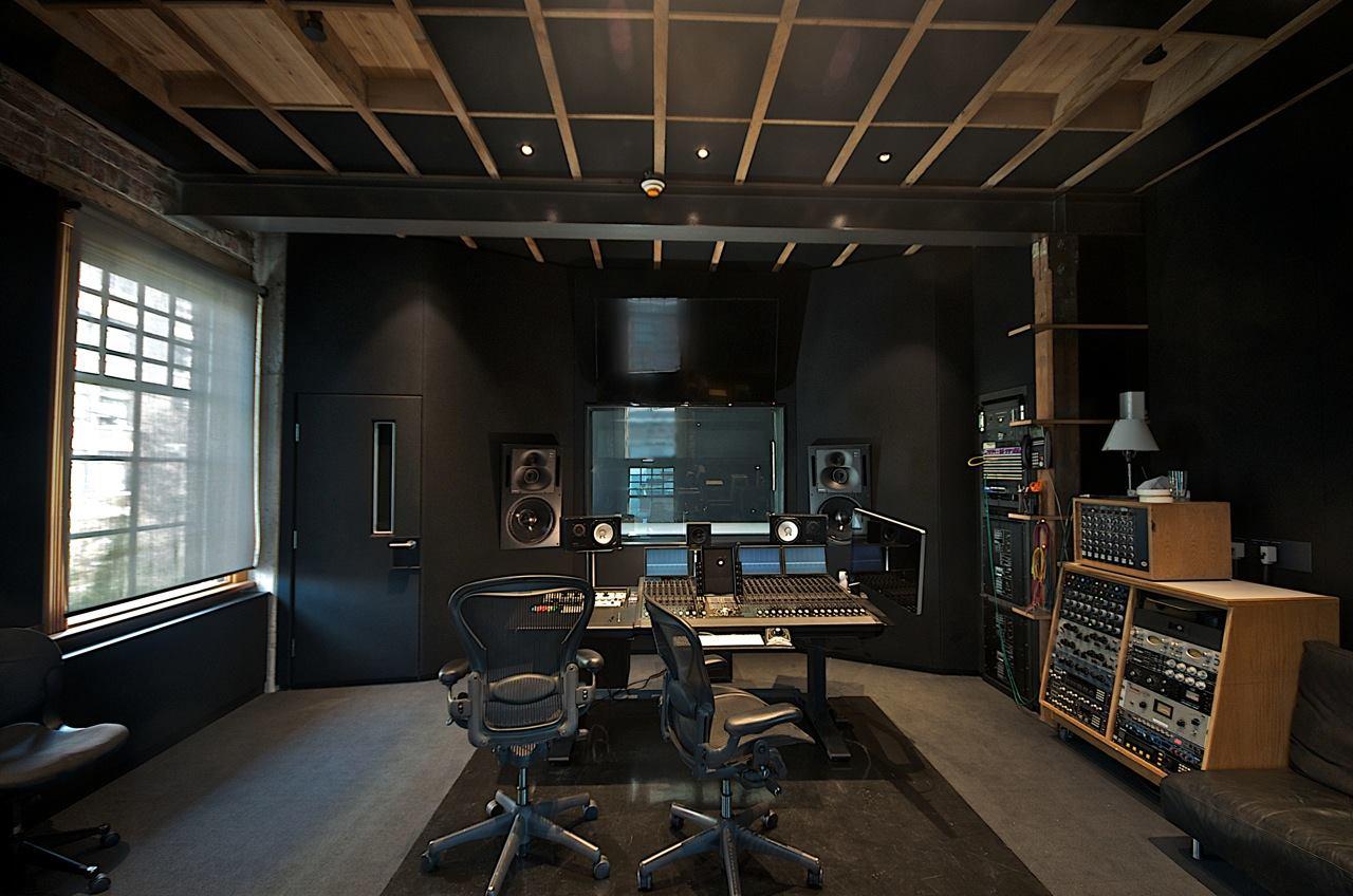 Bryan Adams Inform Interiors And Vancouvers Oldest Brick