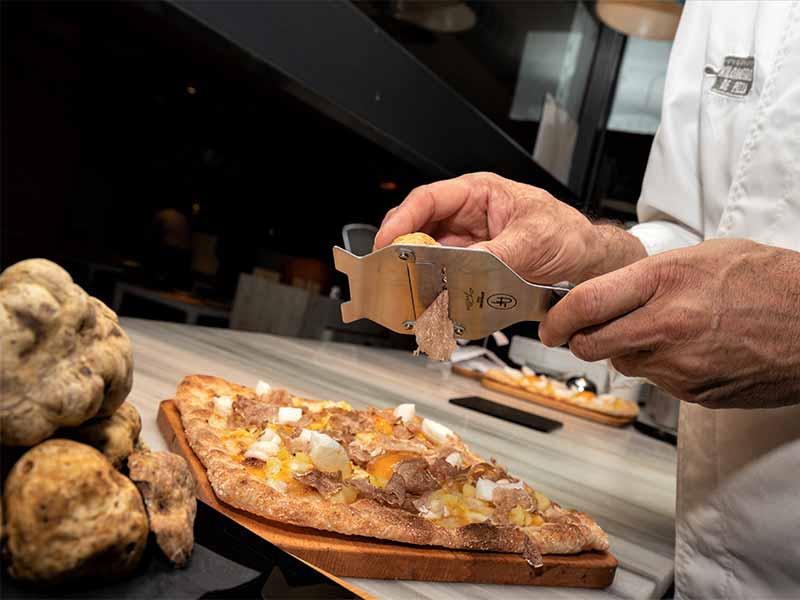 Kilometros de Pizza pizza con trufa blanca