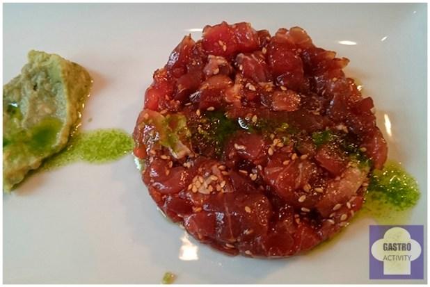 Tartar de atún rojo y aguacate en restaurante Le Coco