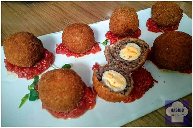 Huevo escocés Restaurante La PILLA