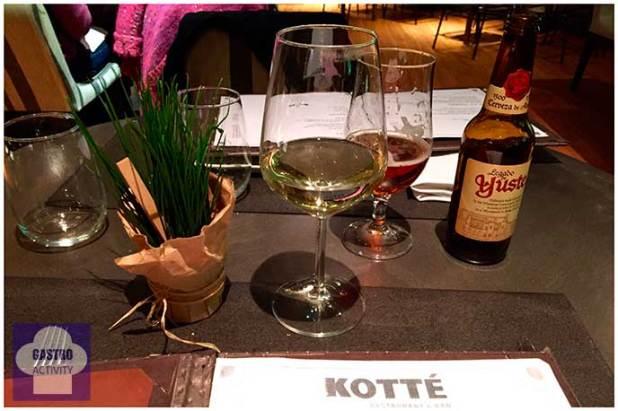 Vino blanco y Cerveza Yuste Restaurante Kotte