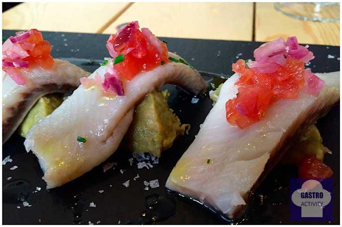 Arenque marinado con crema de aguacate Top Ten Restaurante Madrid