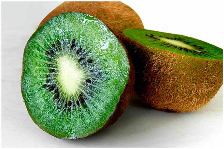 Beneficios del kiwi son saciantes