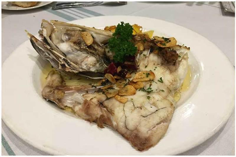 Cogote de merluza Restaurante Gallego calle San Modesto