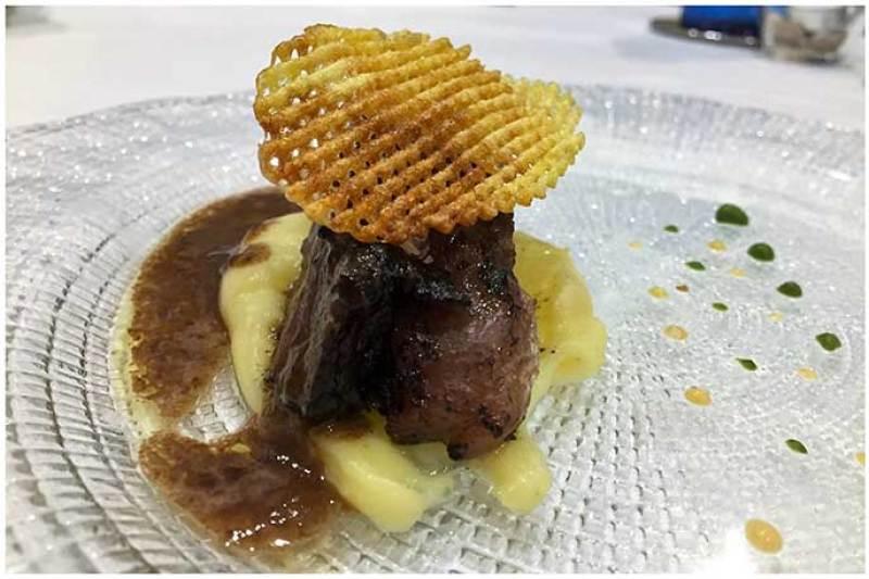 Solomillo ingles de Wagyu sobre parmentier Restaurante Conlaya Madrid