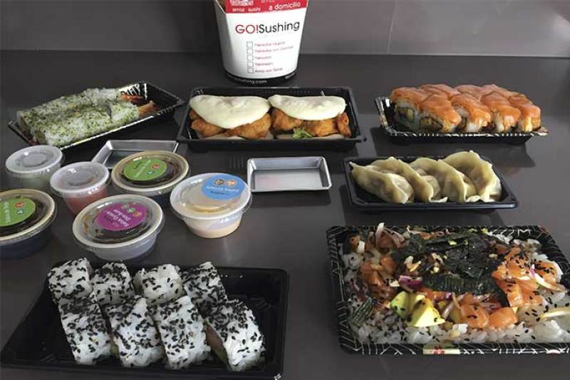 Go Sushing comida japonesa a domicilio en Madrid gyozas rolls yakisoba baos poke