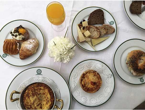 Tortilla de patatas Brunch del Hotel Orfila Cinco estrellas Madrid