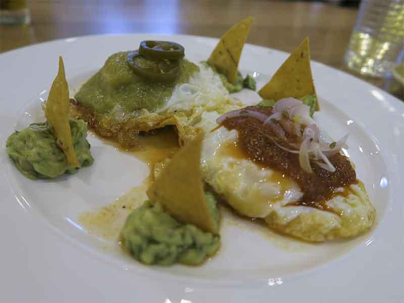 Planet Organic restaurante ecologico Huevos divorciaditos