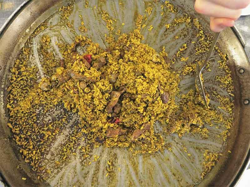 Los Arroces de Segis arroz con conejo y caracoles