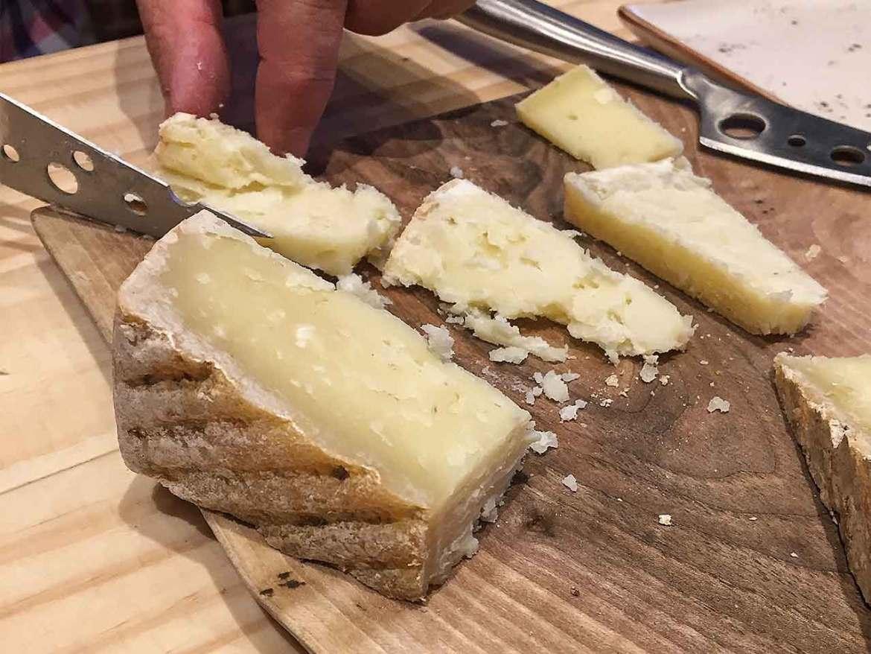 QAVA por Martin Afinador queso curado