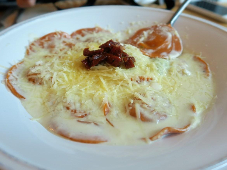 Massart Pizzeria Ravioli de calabaza