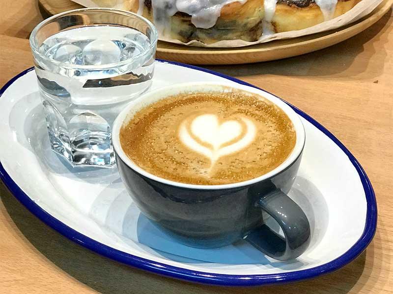 Cafes Tornasol en Mercado de Anton Martin