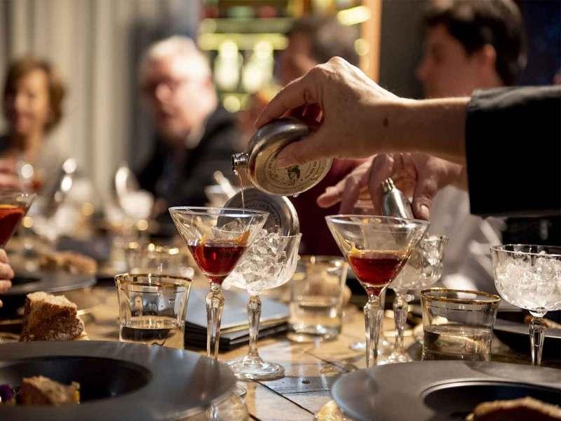 Pernod Ricard Artisian Selection Coctel Risueño Diego Cabrera Salmon Guru Ginebra Martin Miller Coctel Top Cocktail Bars 2021