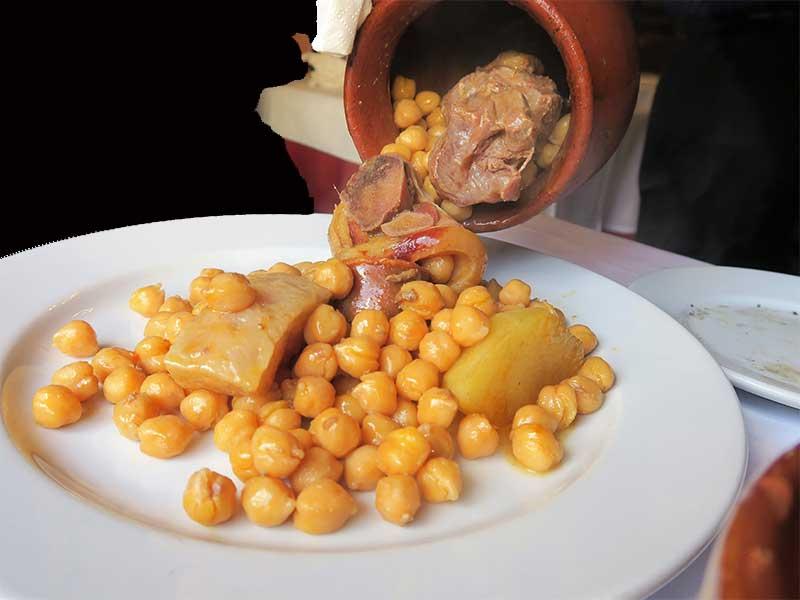 Cocido madrileño Taberna La Bola Garbanzos segundo vuelco