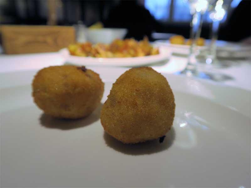 Restaurante La Ancha Zorrilla Croquetas de jamon