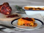 Pastel de calabacín y batata con carne picada y morcón ibérico