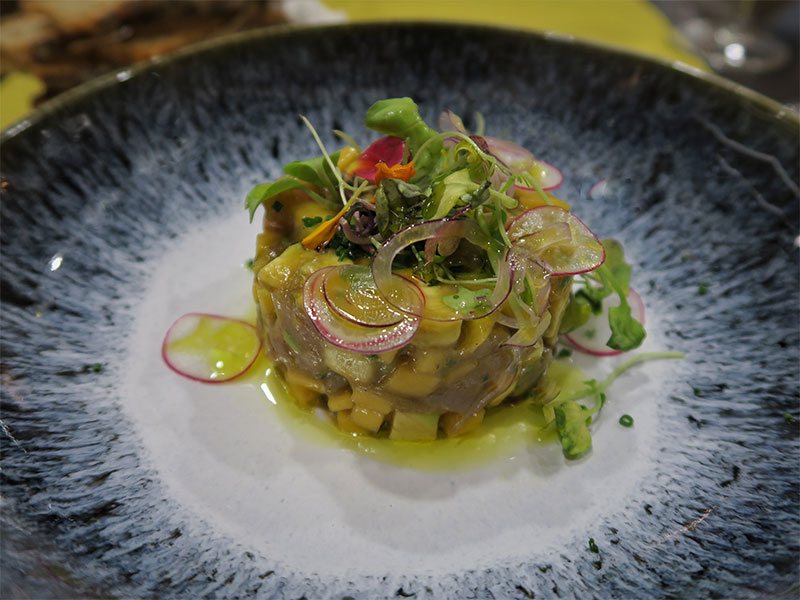 Restaurante Bocarte Pontevedra Tartar de atún con mango y aguacate