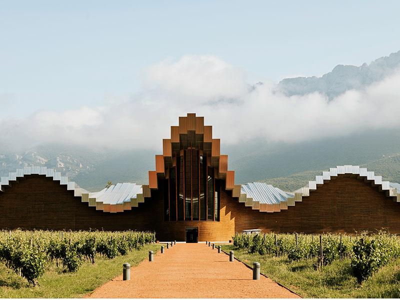 Bodegas Ysios Santiago Calatrava