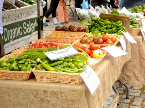 wild country organics wapping stall