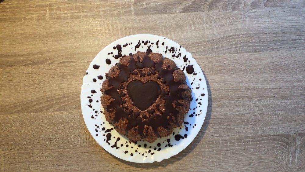 Pillecukros (marshmallow) csokikuglóf sütés nélkül