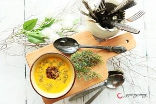 Pikáns sütőtökkrém leves marhahús gombóccal Zöldmorzsával