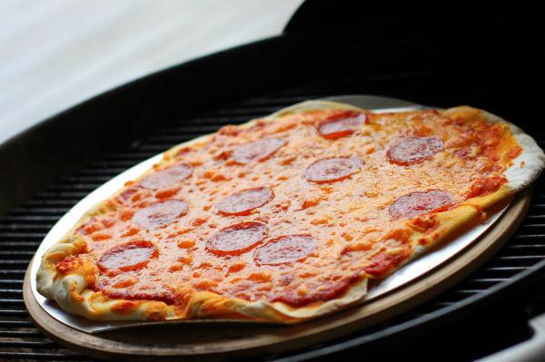 Pulled Pork På Gasgrill Q3200 : Hjemmelavet pizza på grillen er genialt gastromand