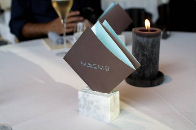 Velkommen til Maeemo! Let the show begin...