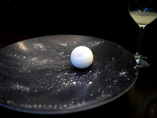 En perle i både bogstavelig og overført betydning.
