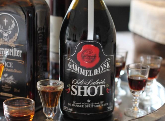 Gammel Dansk Shot med Chili og Lakrids...