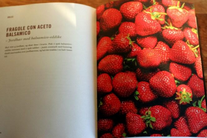 Nogle jordbær inden de bliver til dessert...