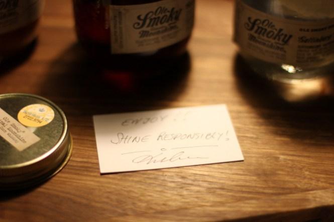 """En lille hilsen fra vores importør om at vi skal """"Shine responsibly"""" - det gør vi så..."""