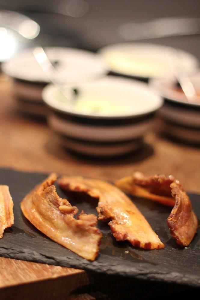 """Se om du kan få dit bacon til at """"runde""""..."""