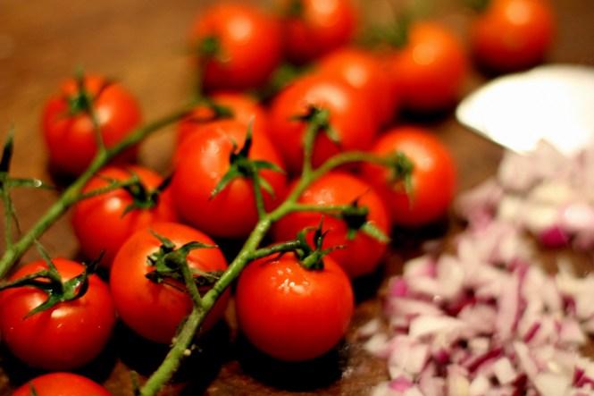 Tomater er noget kedelige på denne årstid, så cherry er at foretrække...