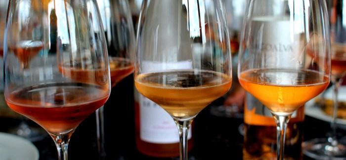 VIN UDEN PIS: Roséer er lyserøde, druerne blå…