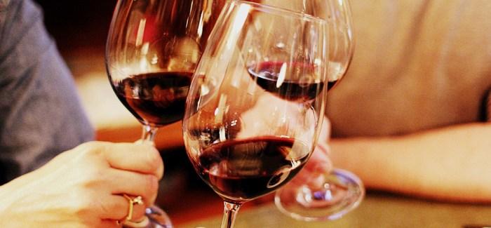 Har du besøgt KBH's største vinbar: Åben 6 dage om ugen – næsten 1800 vine på kortet!