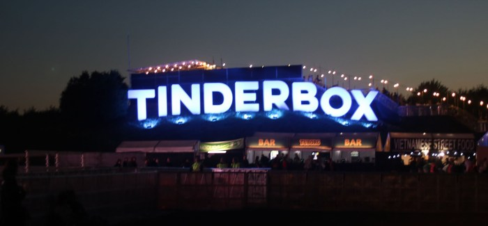 """Tinderbox 2019: """"Pissevæg"""", veganerburgere og alt det andet"""