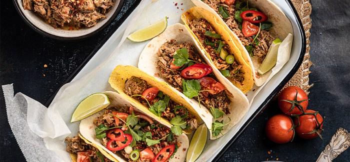 Tacos med carnitas - mexikansk simreret med svinekød