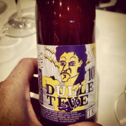 Cerveza artesana belga Dulle Teve, estilo triple