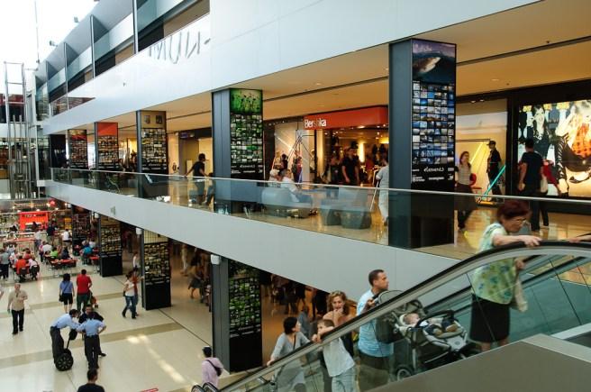 fran_simo_0002_FSC_5121_Maremagnum-Retail-Sebastián