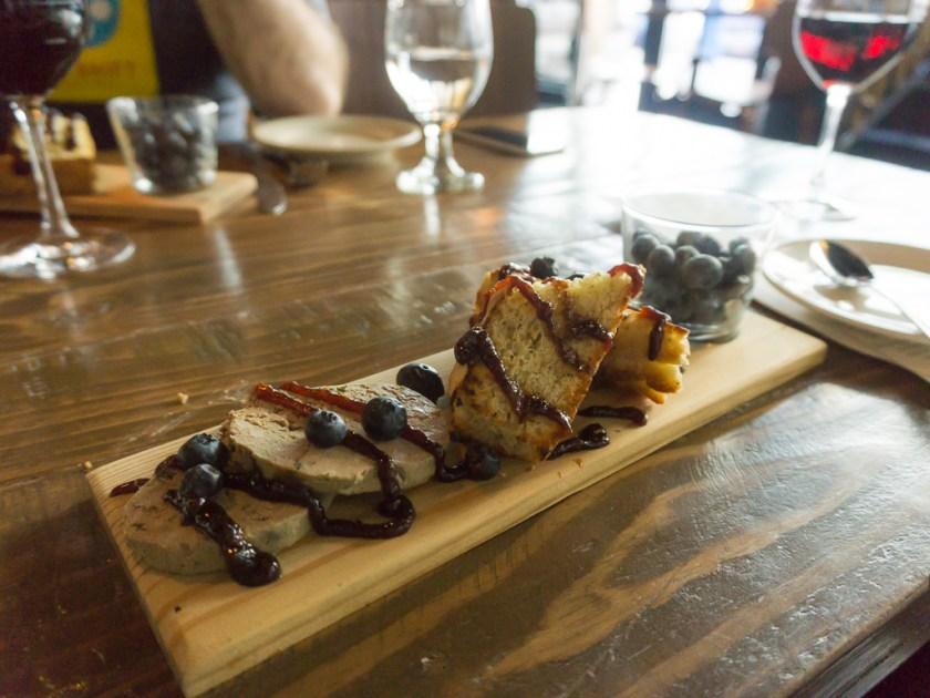 BTG Wine Bar: Chicken live pate
