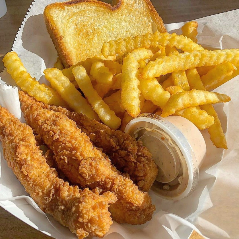 Mr Charlie's Chicken Fingers (My Edible Experience)