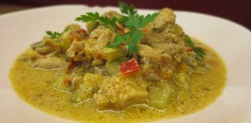 Curry de poulet aux légumes