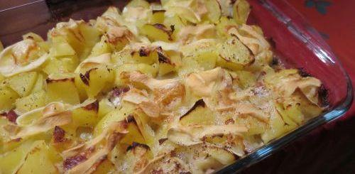 Tartiflette aux endives et aux pommes