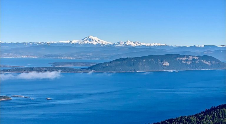The view of Mount Baker from Mount Constitution