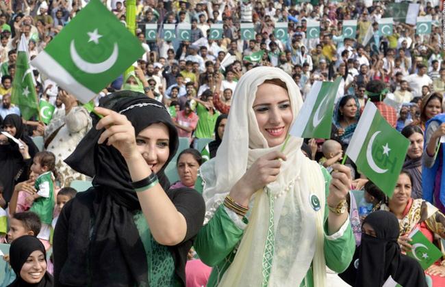 باكستان تتخطى البرازيل لتصبح خامس أكبر دولة من حيث عدد