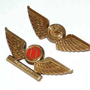 Northwest Airlines Jr Pilot Wings SET – Pinback