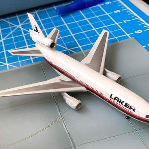 Laker Airways DC-10-30 Vintage Airline Livery 1:400 Scale Model