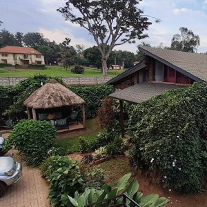 jinja hotel lodge for B&B