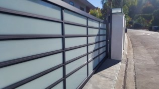 for-email-blue aluminum gate-10_2