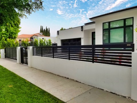 , May 2019 Gate of the Month Delights Sherman Oaks Neighbors